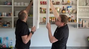 Jedes Küchenelement wird fachmännisch demontiert.